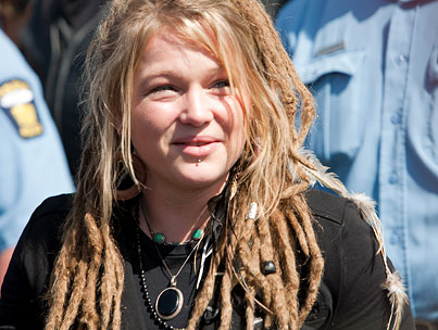 BUZZINGS: Crystal Bowersox's Boyfriend Has Impeccable Timing