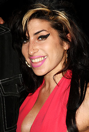 Amy Winehouse Finds New Non-Drug Addict Boyfriend