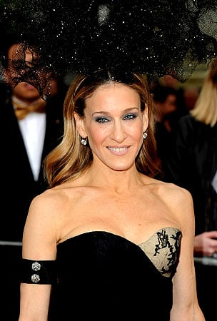 BUZZINGS: Sarah Jessica Parker Pushing For 'Sex And The City 3′