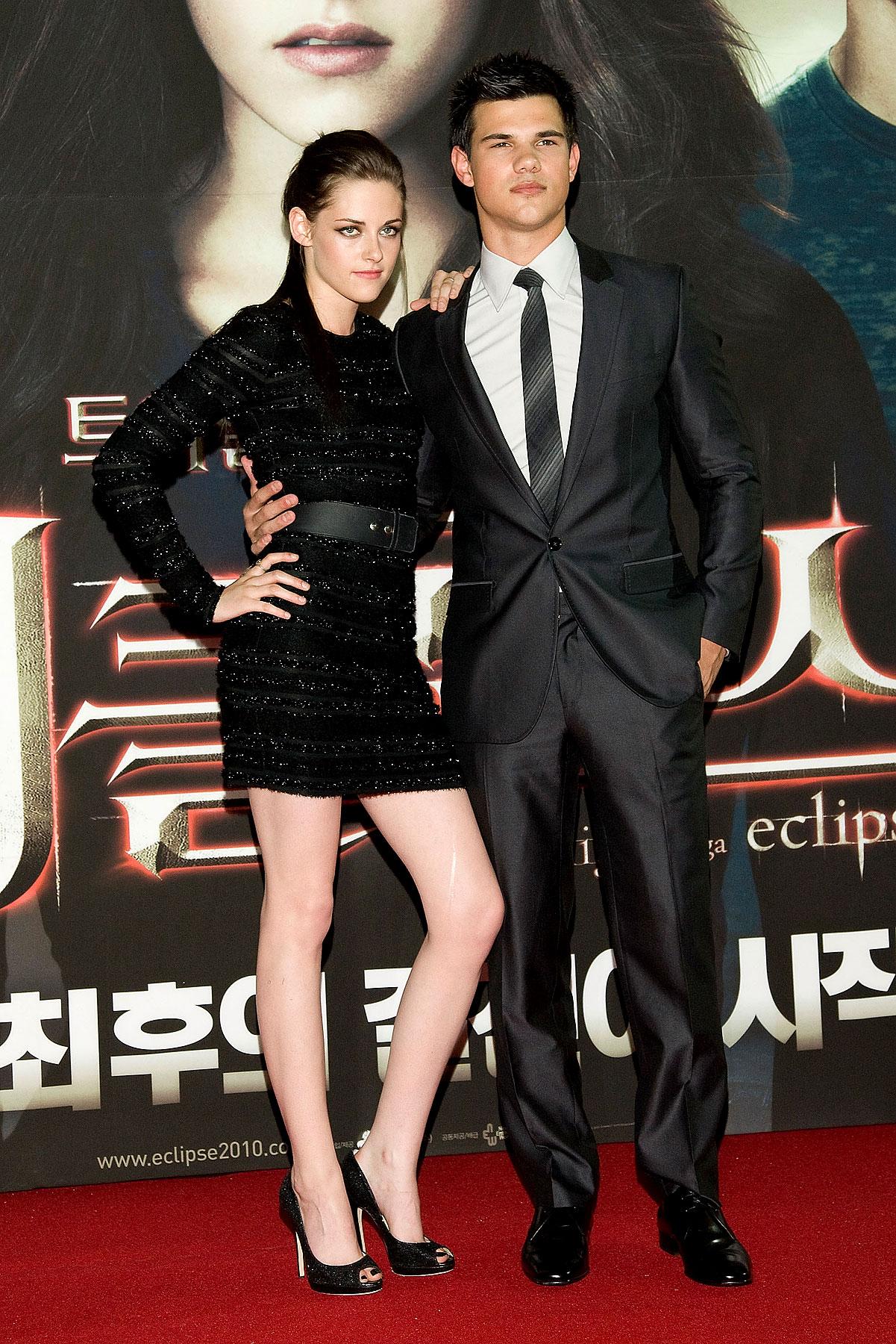 Kristen Stewart and Taylor Lautner Take the 'Eclipse' Promo Juggernaut to South Korea (PHOTOS)