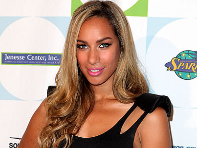 Leona Lewis Falls Down an Elevator Shaft