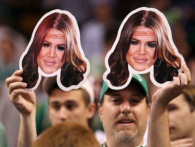 Khloé Kardashian Can't Mask Her Glee Over Lakers Win