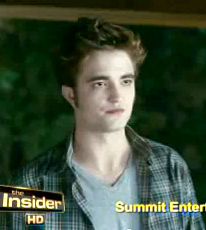 Robert Pattinson Guards Kristen Stewart's Body in New 'Eclipse' Clip (VIDEO)