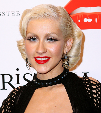 BUZZINGS: Christina Aguilera Is Depressed