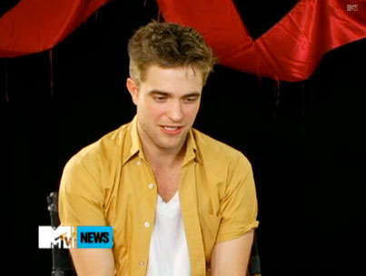 Robert Pattinson Promises Lots of Naked Fun Times in 'Bel Ami'