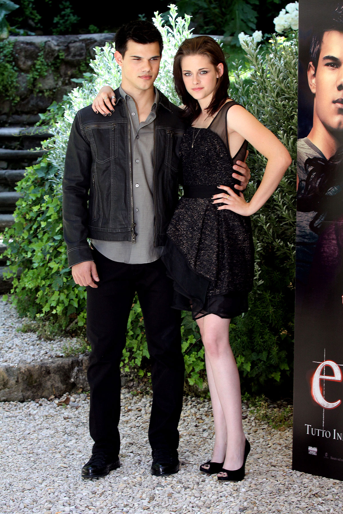 Kristen Stewart & Taylor Lautner Look Spiffy For 'Eclipse' (PHOTOS)
