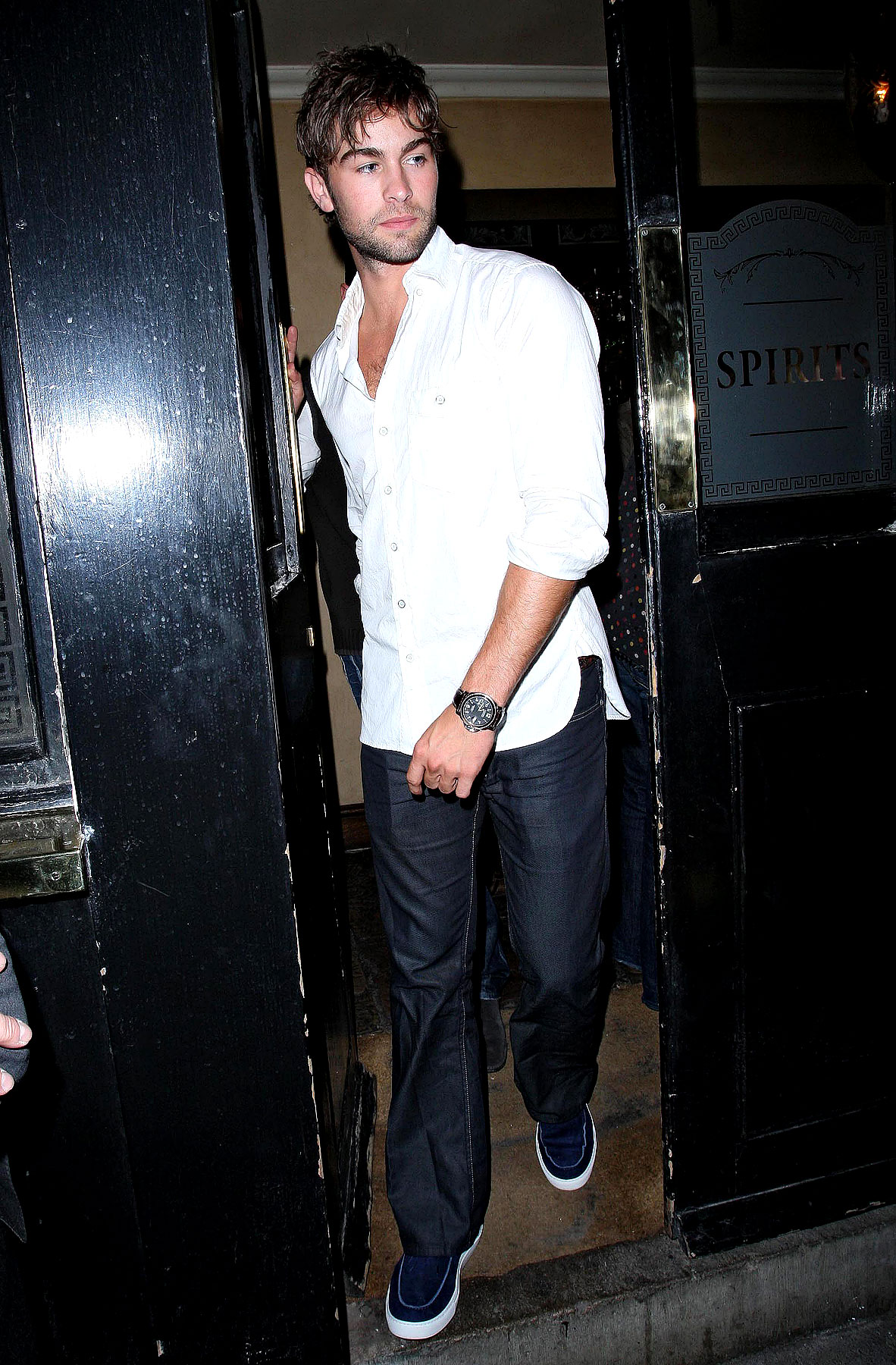 Chace Crawford and Matthew Morrison Get Punchy in London (PHOTOS)