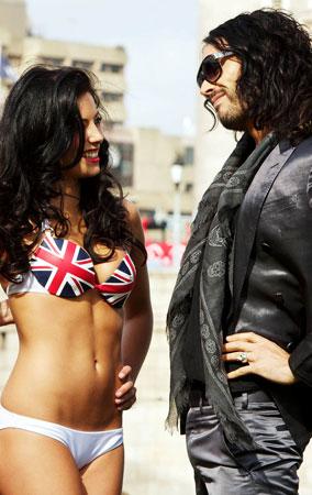 Russell Brand Loves His British Bikini Babes (PHOTOS)