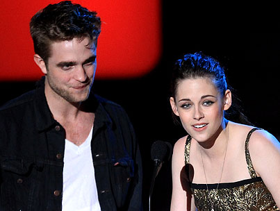 Robert Pattinson Blames Kristen Stewart's Rape-Comment Controversy on the Media