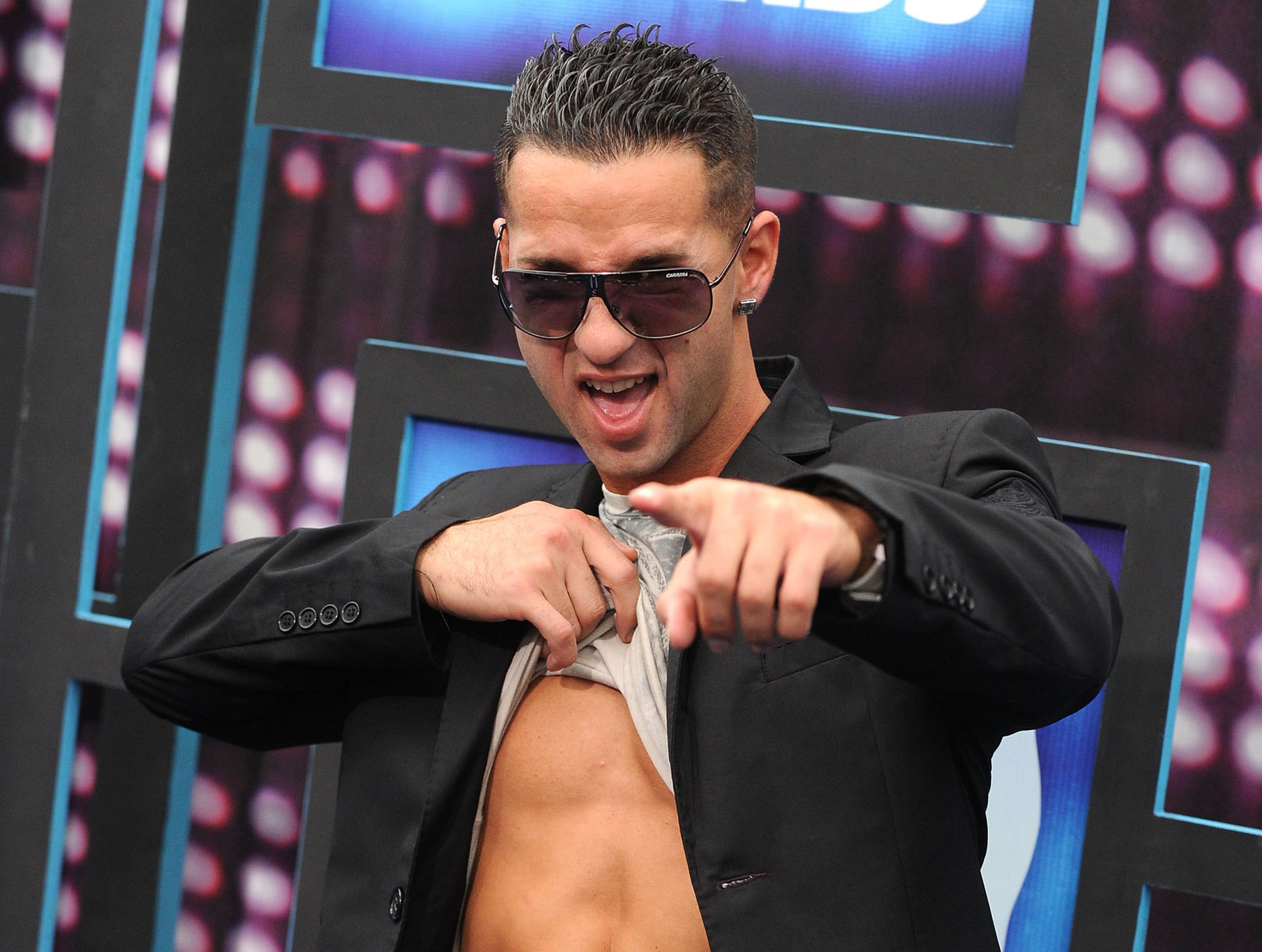 Jersey Shore's The Situation Wants to Dress You Up