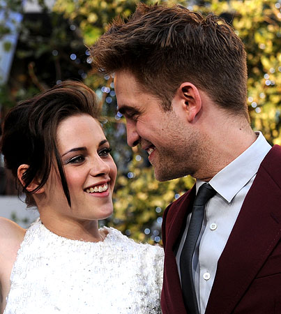 Is Robert Pattinson & Kristen Stewart's Romance A Big Publicity Stunt?