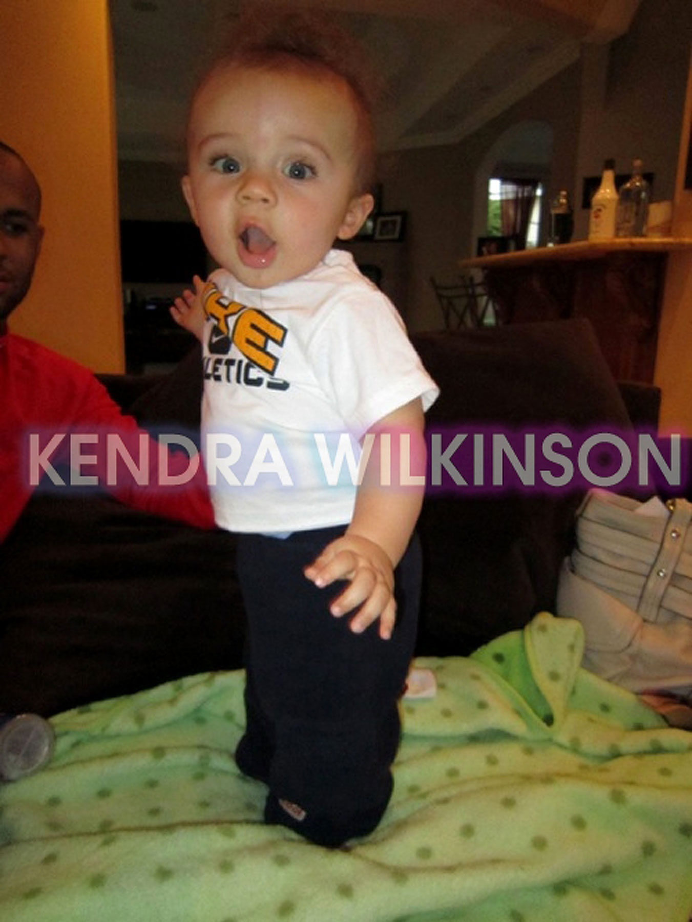 Kendra Compares Baby Hank to Bieber?