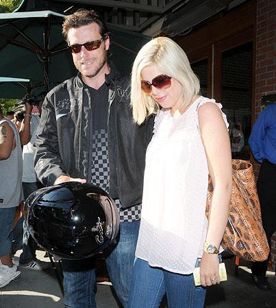 Tori Spelling's Husband Is Out of the ICU