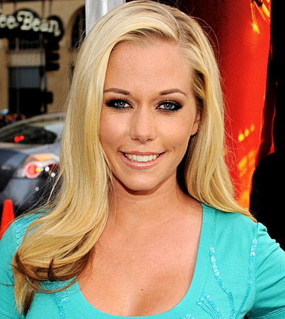Kendra Wilkinson's New Book Hits Shelves Today (VIDEO)