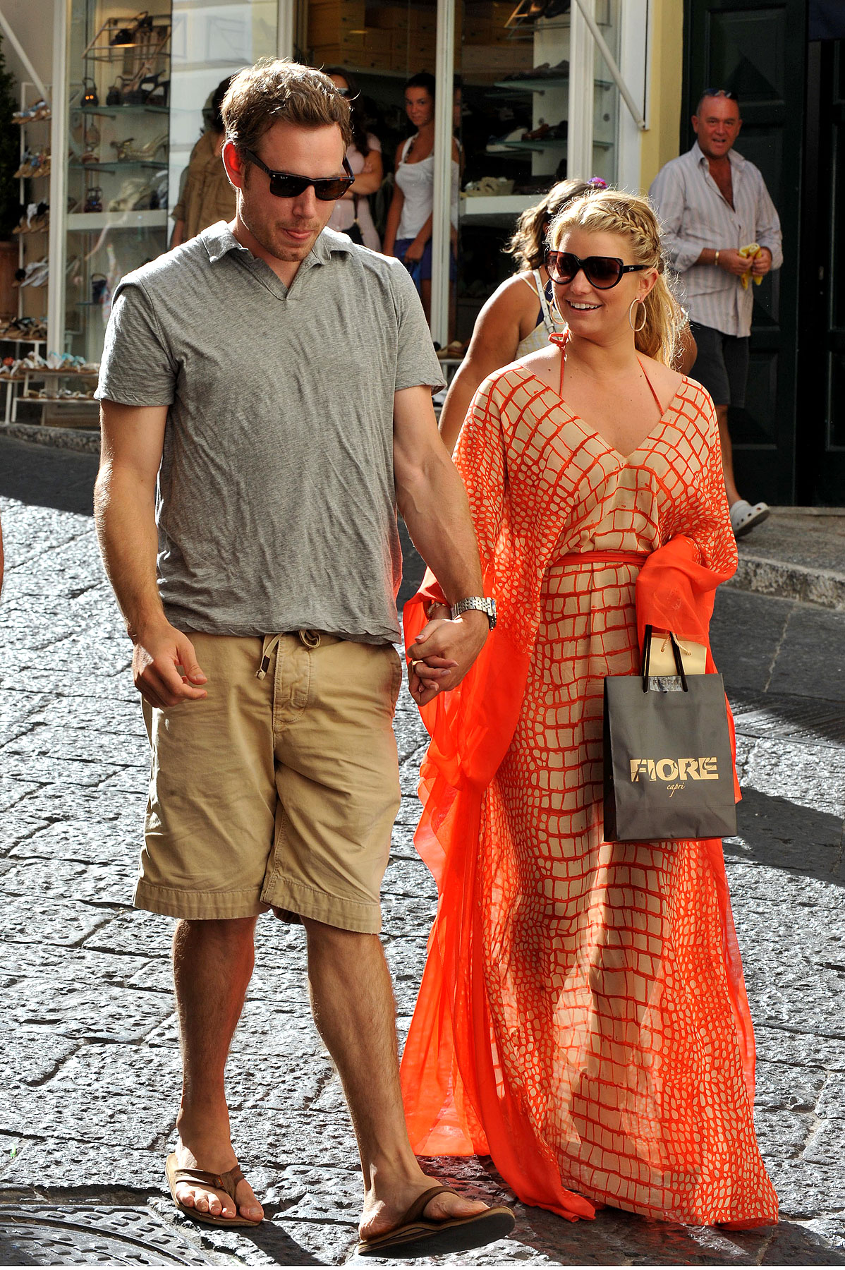 Jessica Simpson and Her New Boyfriend Do Italy (PHOTOS)