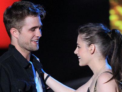 BUZZINGS: Robert Pattinson Wants Kristen Stewart to Be Miserable