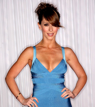 Jennifer Love Hewitt's Mom Disapproves of Her Sexy Roles