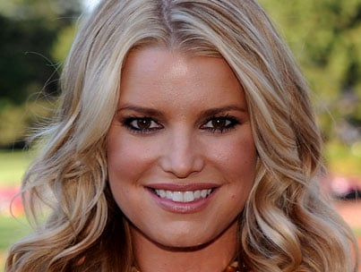 Jessica Simpson Finds A Wrinkle