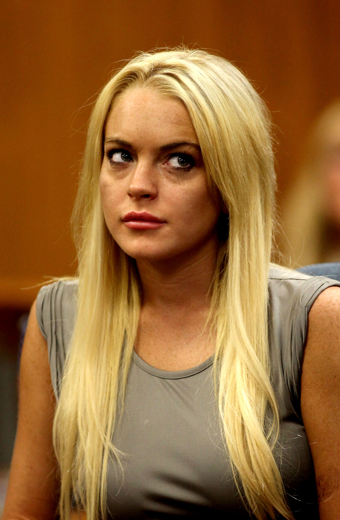 Lindsay Lohan Goes to Jail (PHOTOS)