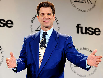 Is Chris Isaak Replacing Simon Cowell On 'American Idol'?