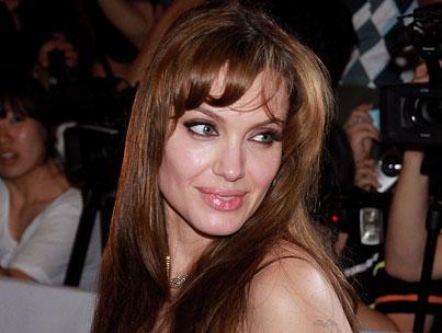BUZZINGS: Angelina Jolie's Kinky Photo Scandal