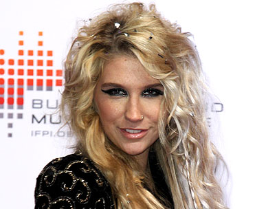 Ke$ha Does Interviews in the Nude