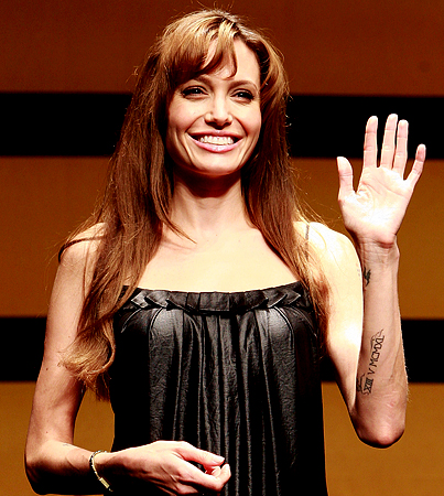 BUZZINGS: The Real Skinny on Angelina Jolie's 'Salt' Role