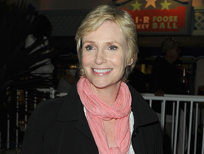 'Glee's' Jane Lynch Will Host 'Saturday Night Live'