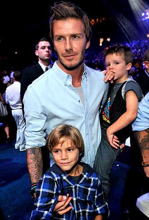 David Beckham's Boys Have Bieber Fever