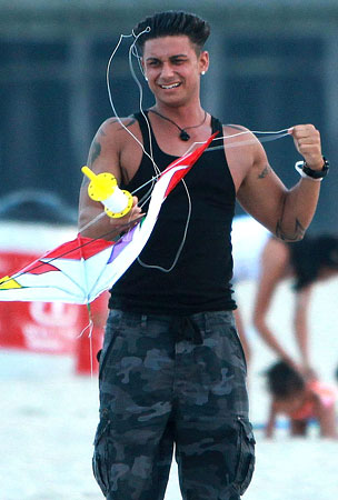 Jersey Shore's Pauly D and Vinny Go Fly a Kite (PHOTOS)