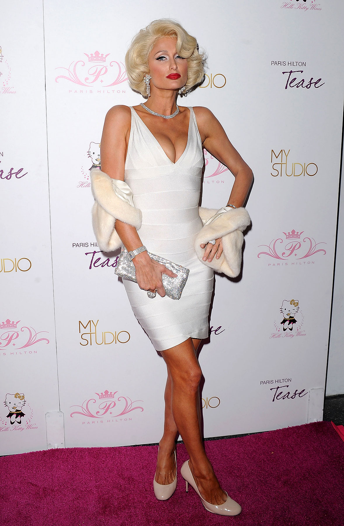 Paris Hilton Launches 'Tease' Fragrance (PHOTOS)
