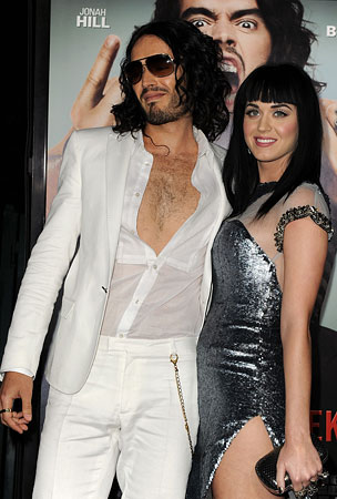 Katy Perry's Mom Flirts With Russell Brand