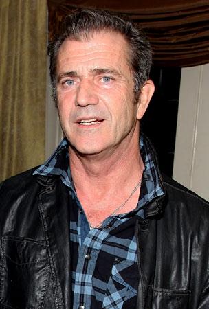 Mel Gibson in a Car Crash in Malibu