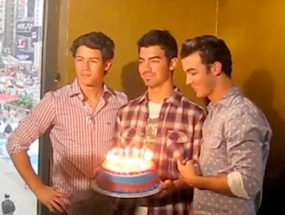Joe Jonas Celebrates His 21st Birthday (VIDEO)-photo