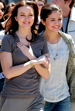 Selena Gomez & Leighton Meester: New Hollywood BFFs?