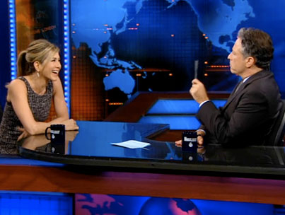 Jen Aniston & Jon Stewart Reveal Dating Past (VIDEO)