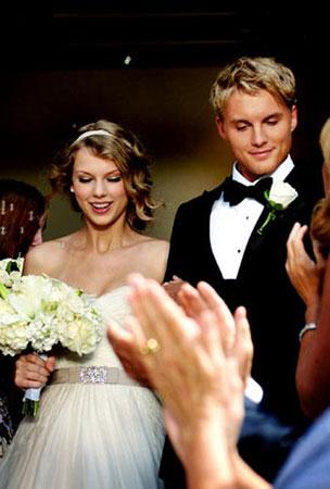 BUZZINGS: Taylor Swift Gets Married! (Sorta)