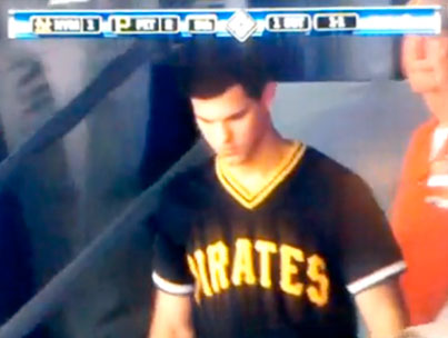 Taylor Lautner Acts Like a Pirates Fan (VIDEO)-photo