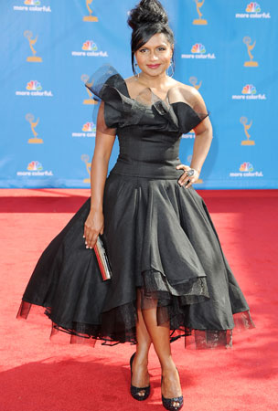 'Office' Star Mindy Kaling Defends Emmy Dress