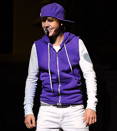 Sick Justin Bieber Defies Doctor to Perform in NYC