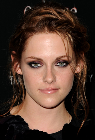 Kristen Stewart: I 'Had To' Do 'Twilight'