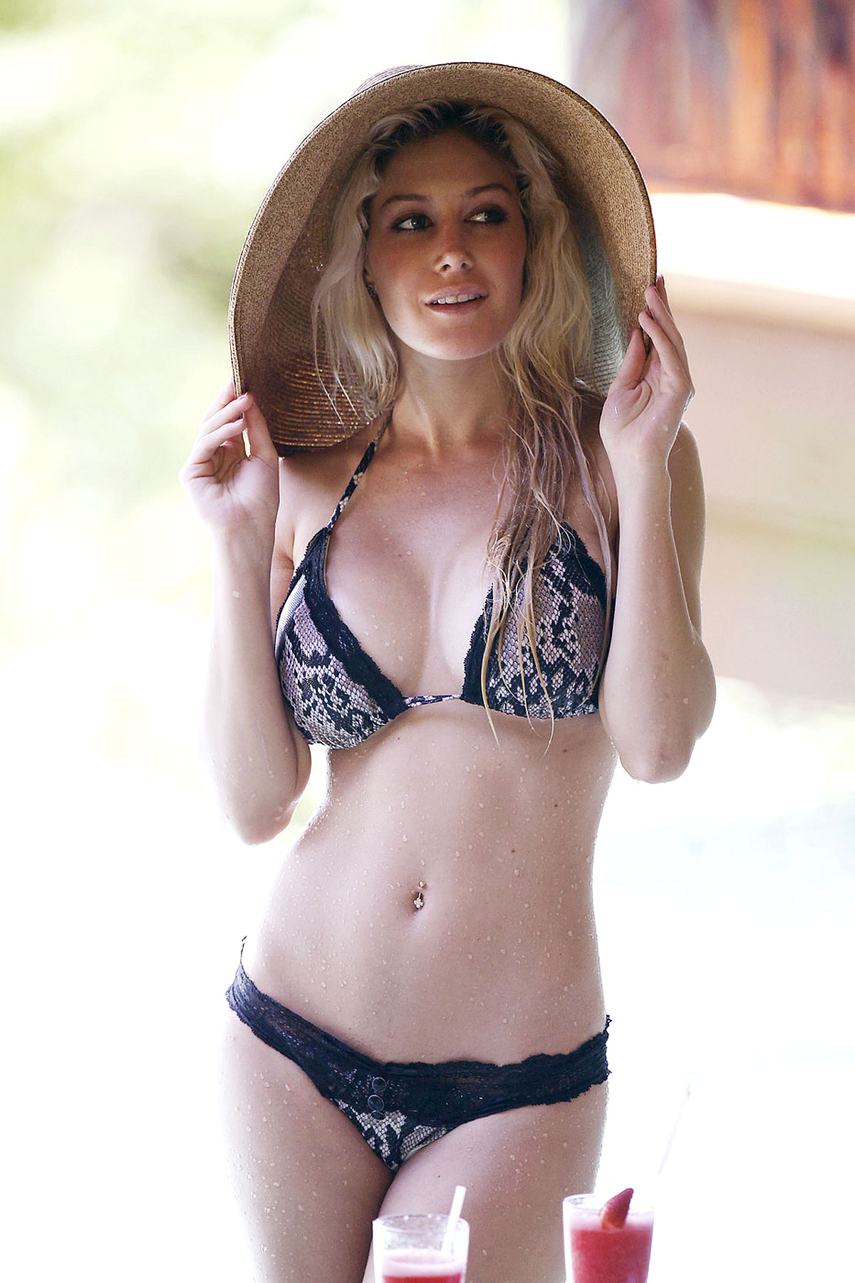 Heidi Montag and Her Bikini Body in Costa Rica (PHOTOS)