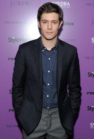 """Adam Brody Calls Kristen Stewart-Bashing """"Ungentlemanly"""""""