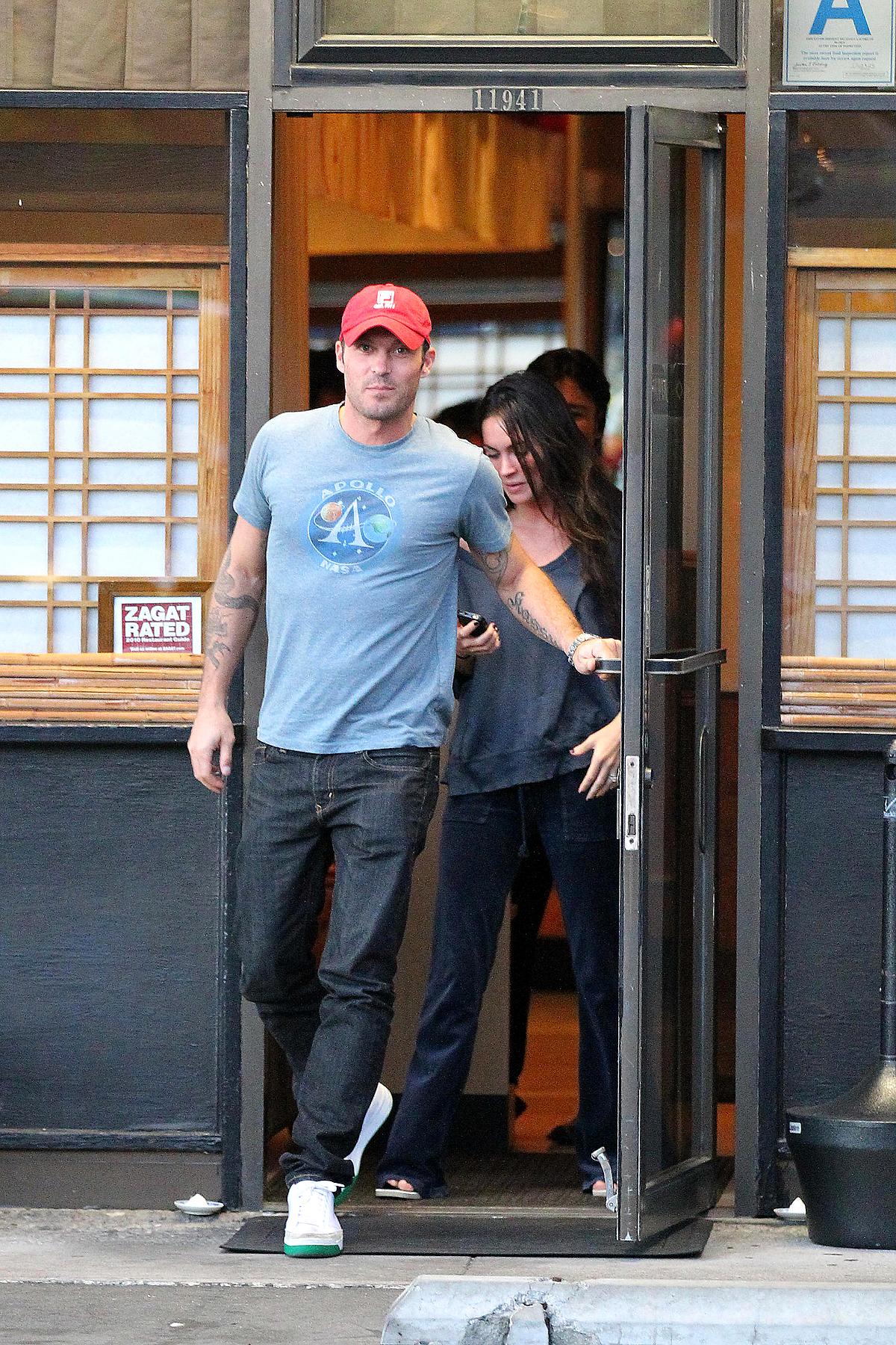 Megan Fox & Brian Austin's Casual Date (PHOTOS)