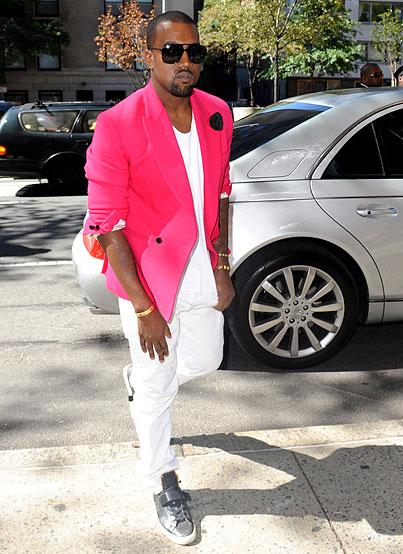 Kanye West Electrifies Fashion Show (PHOTOS)