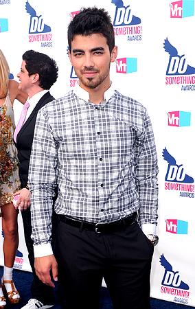 Joe Jonas to Guest Star on '90210'