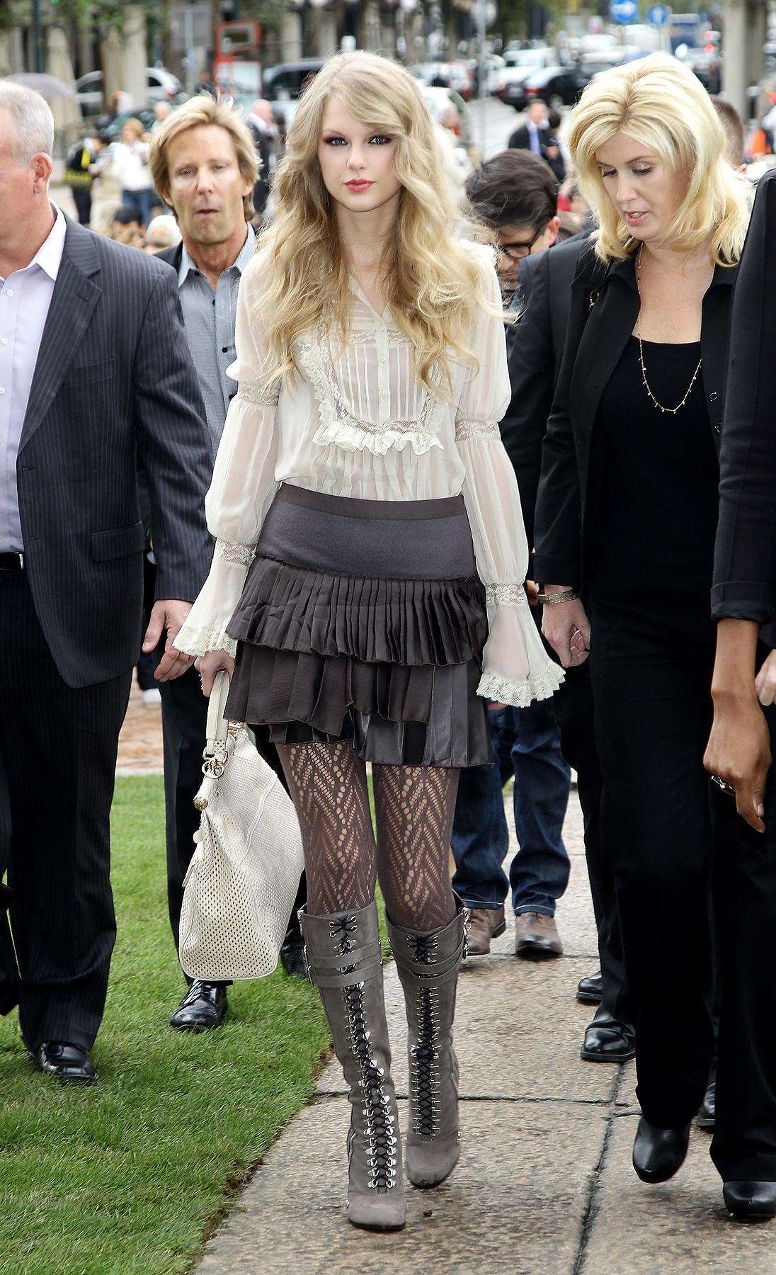 Taylor Swift's Sassy New Look: Yay or Nay? (PHOTOS)