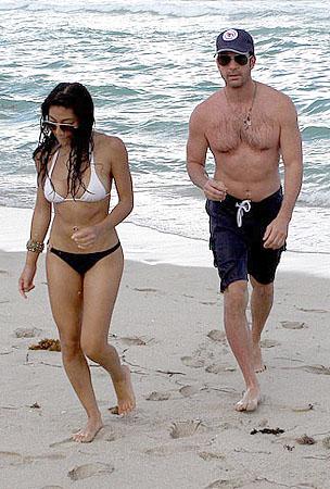 Dylan McDermott & Mystery Babe Heat Up the Beach (PHOTOS)