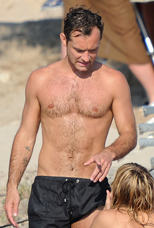 Best Male Celebrity Beach Bods of 2010 (PHOTOS)