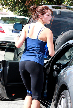 Ashley Greene Flaunts Her Workout Body (PHOTOS)